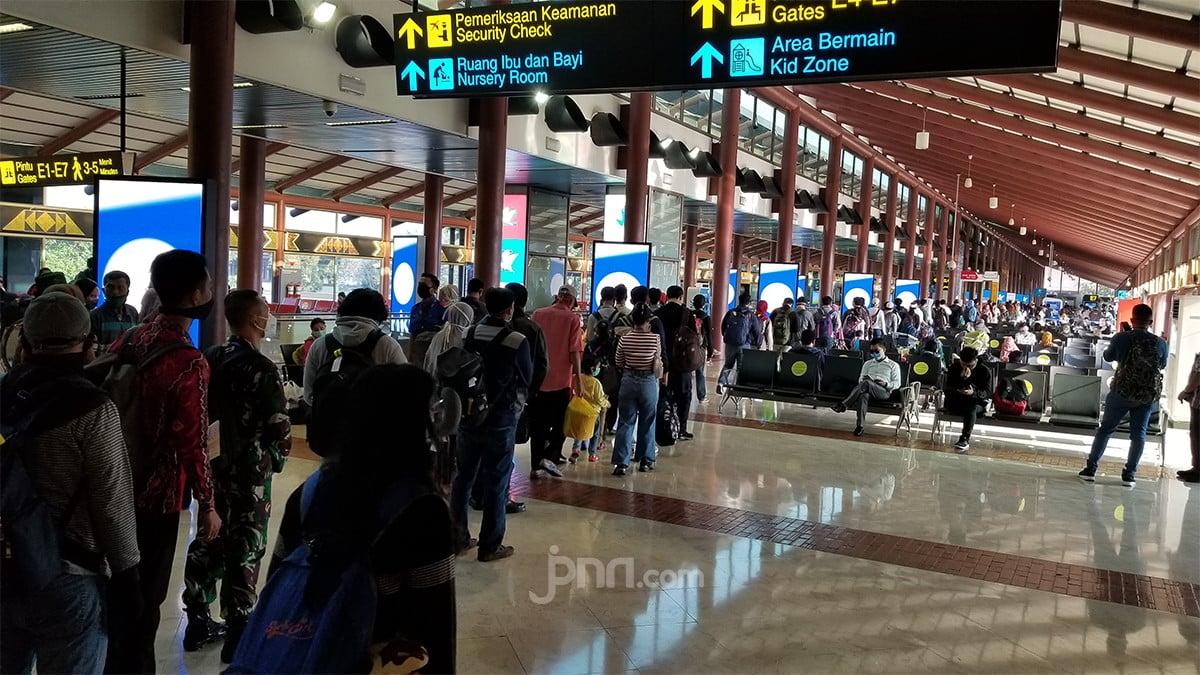 5 Kiat Aman Naik Pesawat saat New Normal - JPNN.com