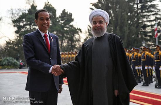 Presiden Iran Hubungi Pak Jokowi, Tawarkan Bantuan untuk RI Hadapi COVID - JPNN.com
