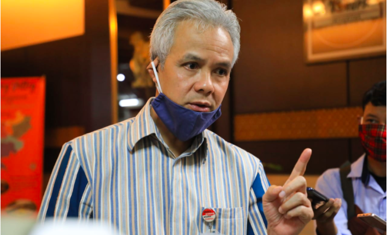 PPDB SMA/SMK 2020, Pak Ganjar Beri Jalur Khusus untuk Anak-anak Tenaga Kesehatan - JPNN.com