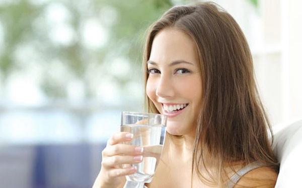 Perlukah Air Minum Mengandung Mineral? - JPNN.com