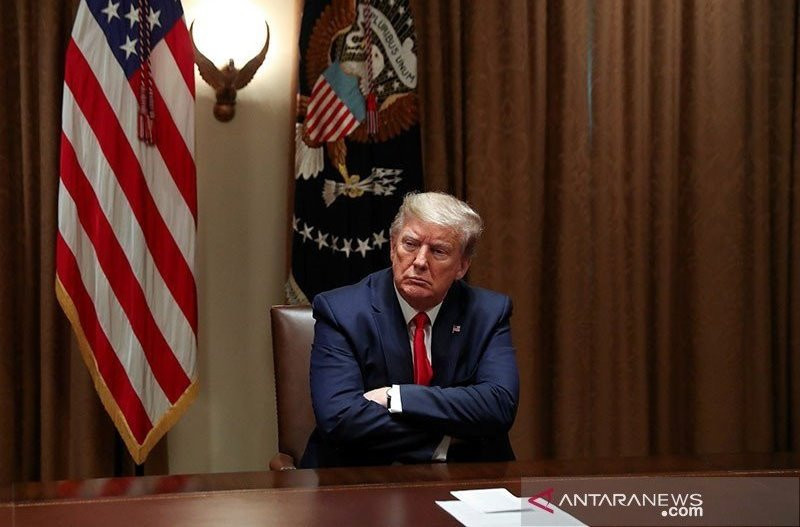 Donald Trump Nyaris Memicu Perang Dahsyat di Timur Tengah, Untung Ada Bapak-Bapak Ini - JPNN.com