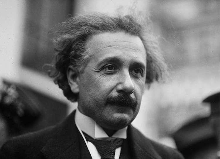 Tokoh Muslim Dunia Yakini Albert Einstein Bukan Ateis, tetapi Tak Percaya Nabi & Agama - JPNN.com