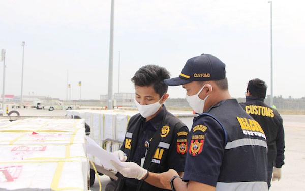 Bea Cukai Layani Impor Kargo Pertama dan Terbesar di Bandara Internasional Yogyakarta - JPNN.com