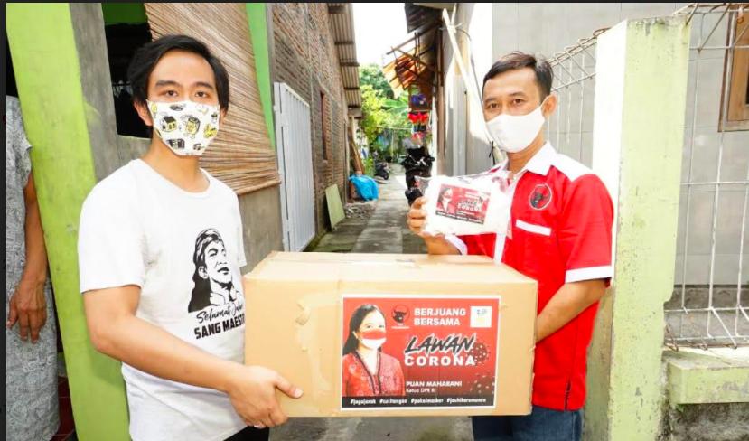 Gibran Bersama Sukarelawan Bawa Bantuan Ribuan Masker dari Mbak Puan - JPNN.com