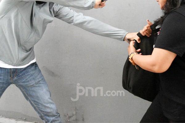 Tas Dijambret, Sekretaris Lurah Kejar Pelaku, Takdir Berkata Lain - JPNN.com