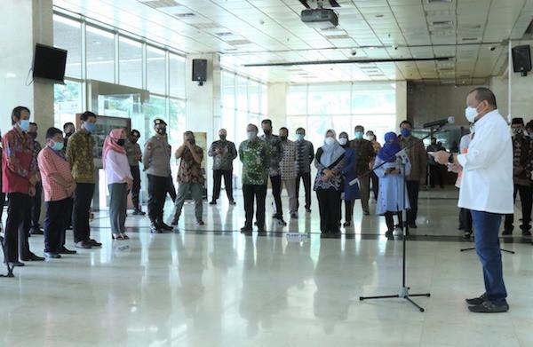 Beri Tali Asih Kepada 947 Pegawai DPD RI, LaNyalla Apresiasi Kinerja Kesekjenan - JPNN.com