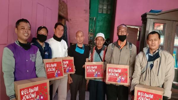 RBFJ Bagikan 1.950 Paket Sembako Kepada Para Buruh di Wilayah Bogor - JPNN.com