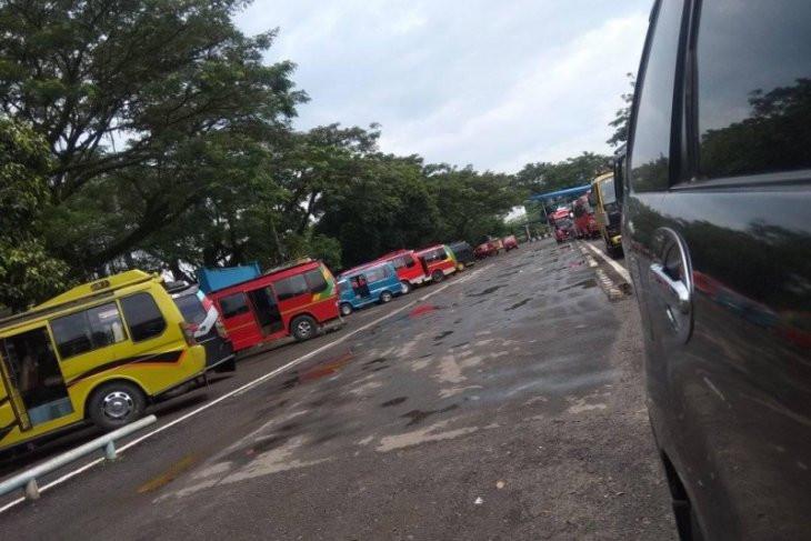 Jelang Lebaran, Begini Aktivitas di Terminal Bus Mandala Lebak - JPNN.com
