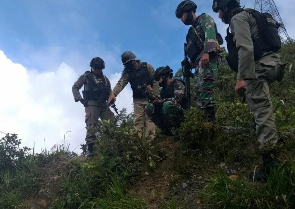 Timika Panas, Kelompok Bersenjata Tebar Teror, 1 Warga Tewas - JPNN.com