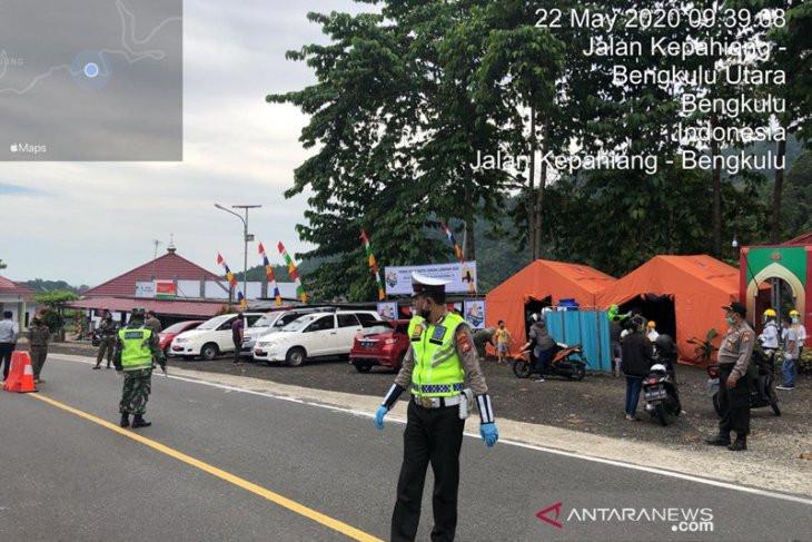 Puluhan Kendaraan Pemudik di Daerah Ini Terpaksa Putar Balik - JPNN.com