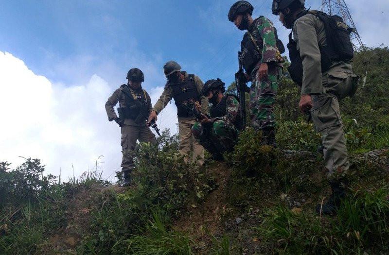 Terdengar Suara Rentetan Tembakan, Pasukan TNI dan Brimob Mendekat, Oh Ternyata - JPNN.com