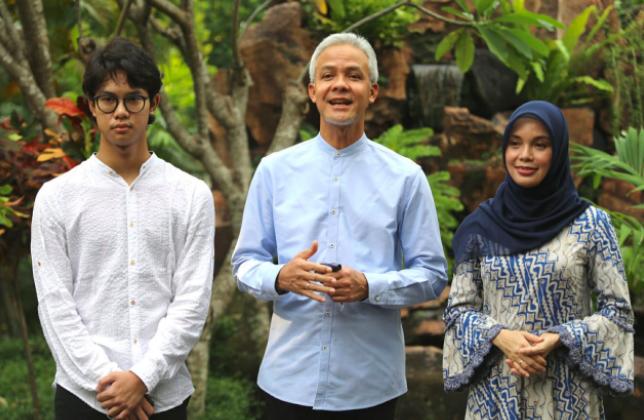 Rayakan Idulfitri, Ganjar Pranowo Sapa Warganya di Negara-Negara Lain - JPNN.com