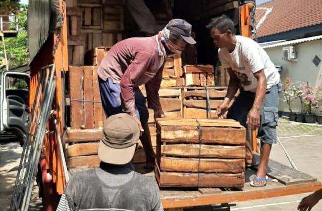 Kejar Truk Buah Tujuan Sumatera, Bea Cukai Berhasil Cegah Potensi Kerugian Negara - JPNN.com