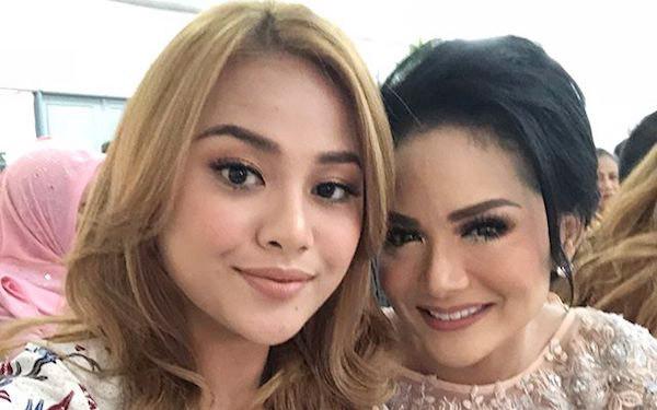 Balasan Krisdayanti untuk Aurel, Kan Pintu Rumah Selalu Terbuka Lebar - JPNN.com
