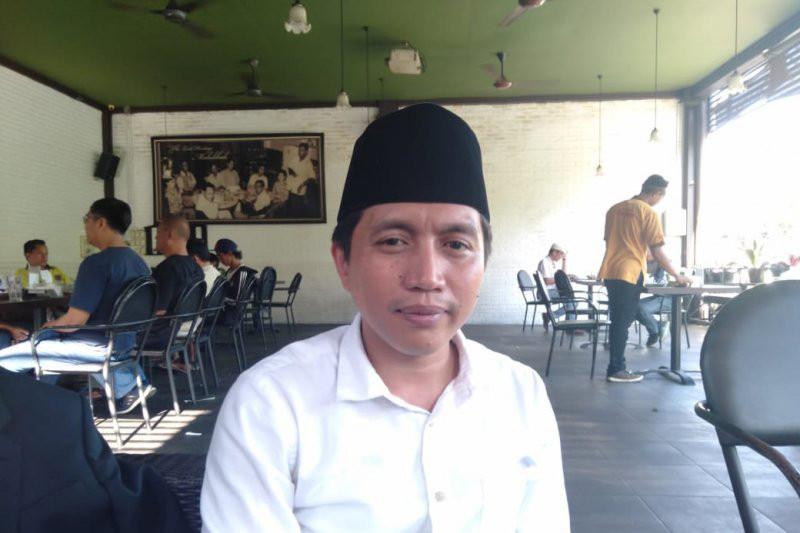 Warga Surabaya, Silakan Simak Pendapat Mahfudz PKB soal New Normal - JPNN.com