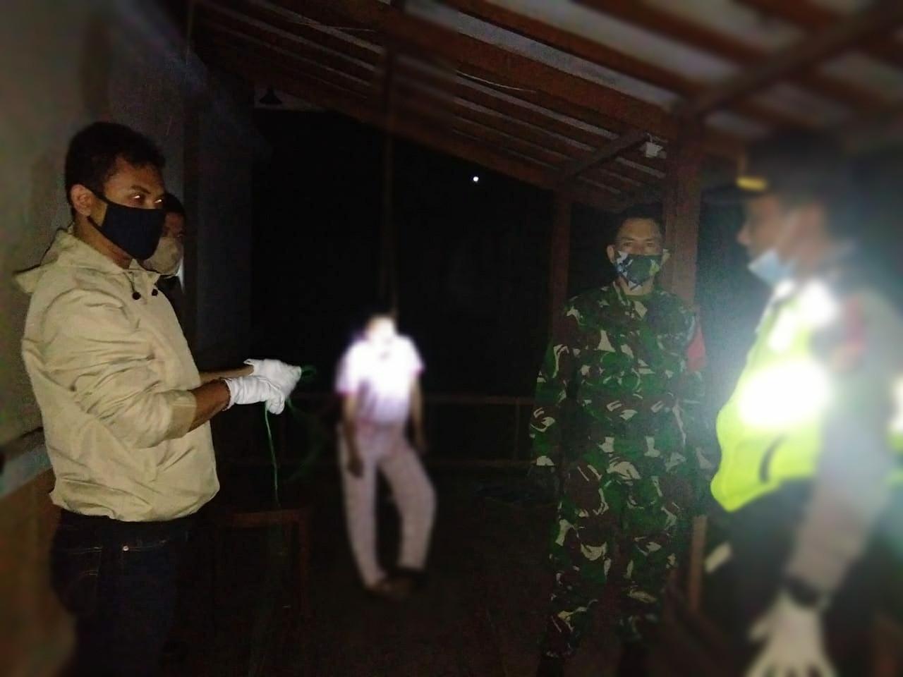 Malam-malam Iyan dan Asep Melihat Sesuatu dari Vila Blok N 9 Kota Bunga, Geger - JPNN.com