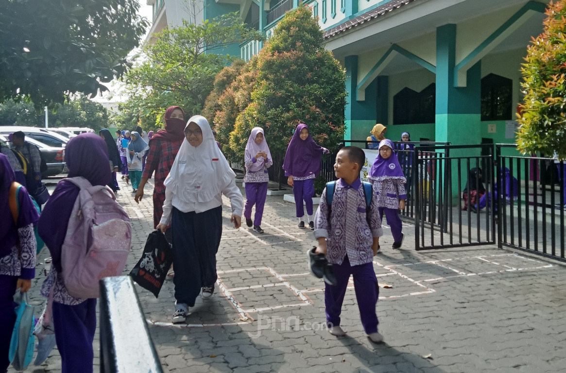 8 Hal jadi Fokus Penyempurnaan Kurikulum Madrasah - JPNN.com