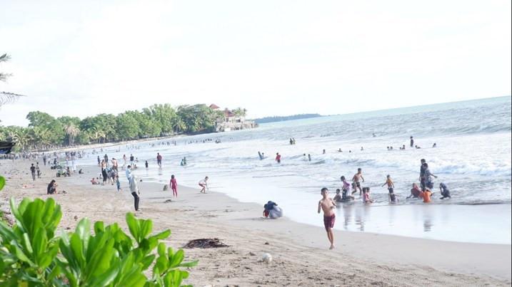Pantai Bebas Beroperasi, PHRI Kecewa - JPNN.com