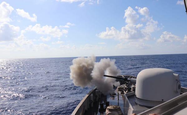 KRI Sultan Hasanuddin-366 Tembakkan Meriam di Laut Mediterania, Ada Apa? - JPNN.com