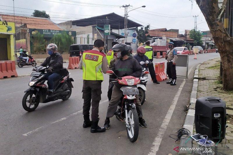 Wali Kota Bandung: PSBB Maksimal Bisa Diterapkan Lagi Jika Kasus Corona Ada Kenaikan - JPNN.com