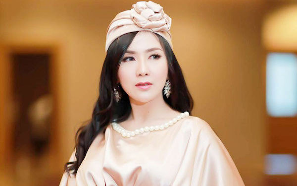 Ucie Sucita Sedih Orang Tua Batal Naik Haji Tahun Ini - JPNN.com