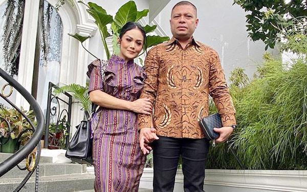 3 Berita Artis Terheboh: Azriel Sindir Raul Lemos? Penghasilan Baim Wong Bikin Melongo - JPNN.com
