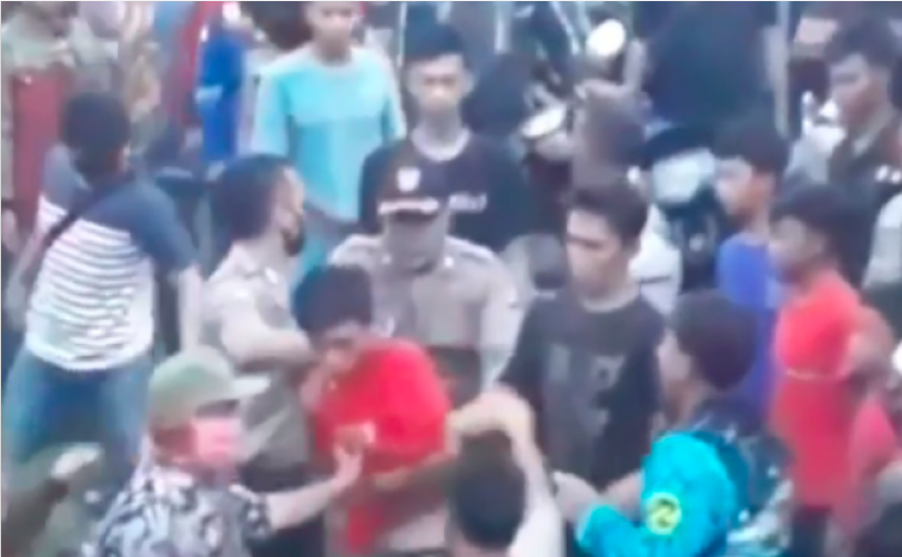 Mencuri Sekarung Singkong Harga Rp 35 Ribu, Pemuda ini Diarak Warga Sekampung - JPNN.com