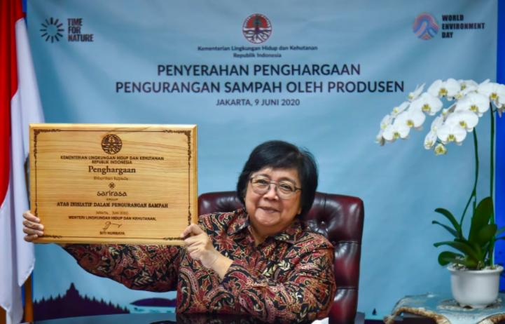 KLHK Serahkan Penghargaan Bagi Produsen yang Berkomitmen Mengurangi Sampah - JPNN.com