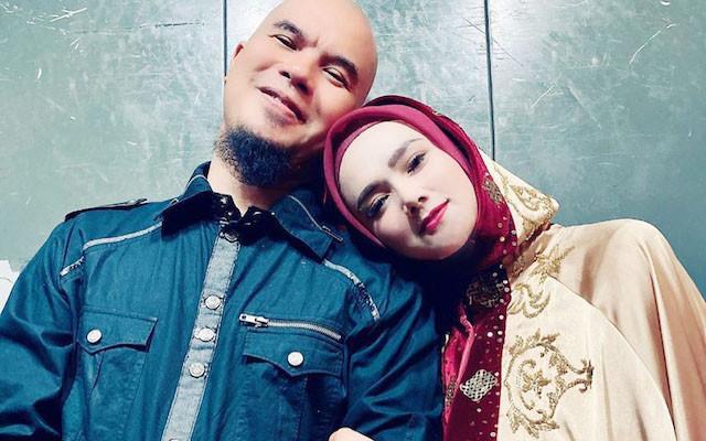 Ahmad Dhani Beri Bunga, Mulan Jameela: Cintaku Padamu Seluas Samudera - JPNN.com