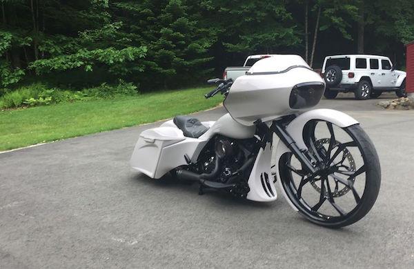Begini Tampilan Harley Davidson Road Glide Disematkan Velg 30 Inci, Keren Tidak? - JPNN.com