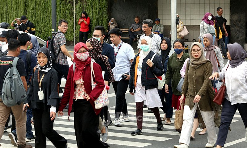 13 Juta Pekerja Mendapat Bansos Rp 2,4 Juta per Orang, Menarik Tetapi… - JPNN.com
