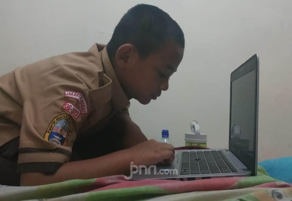 PJJ Makan Korban, Ini Desakan Komisi X pada Kemendikbud - JPNN.com
