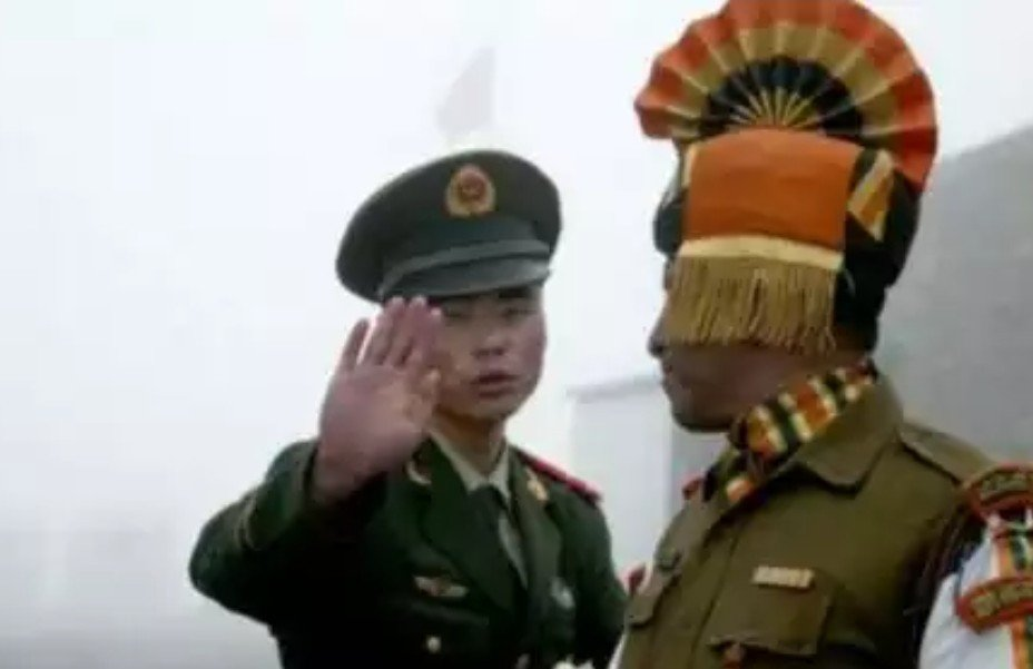 Tiongkok Vs India, 3 Tentara Tewas Akibat Lemparan Batu - JPNN.com