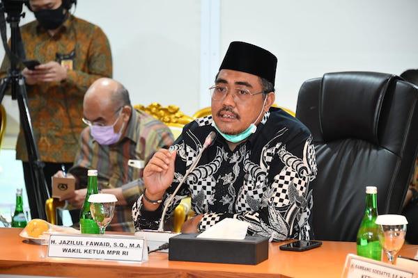 Salat Jumat Diatur Pakai Sistem Ganjil Genap, Jazilul Fawaid: Jangan Persulit Umat Untuk Beribadah - JPNN.com