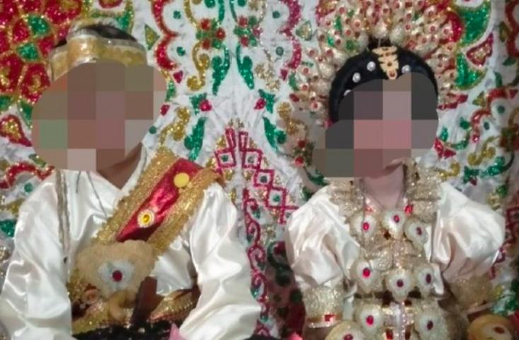Telanjur Saling Mencintai, Sesama Perempuan Menikah di Sulawesi Selatan - JPNN.com