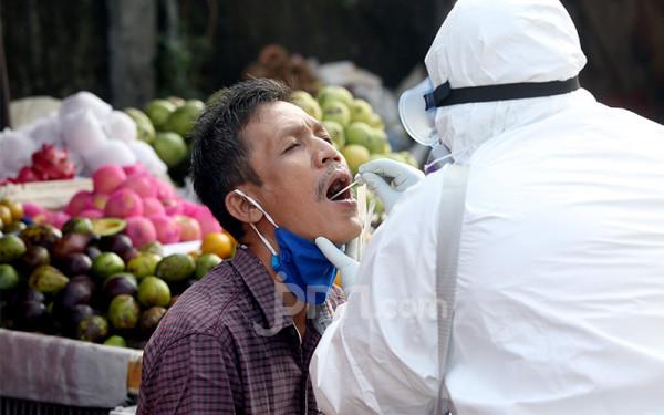 Penjelasan Ahli Epidemiologi soal Penyebab Covid-19 Cepat Menyebar - JPNN.com