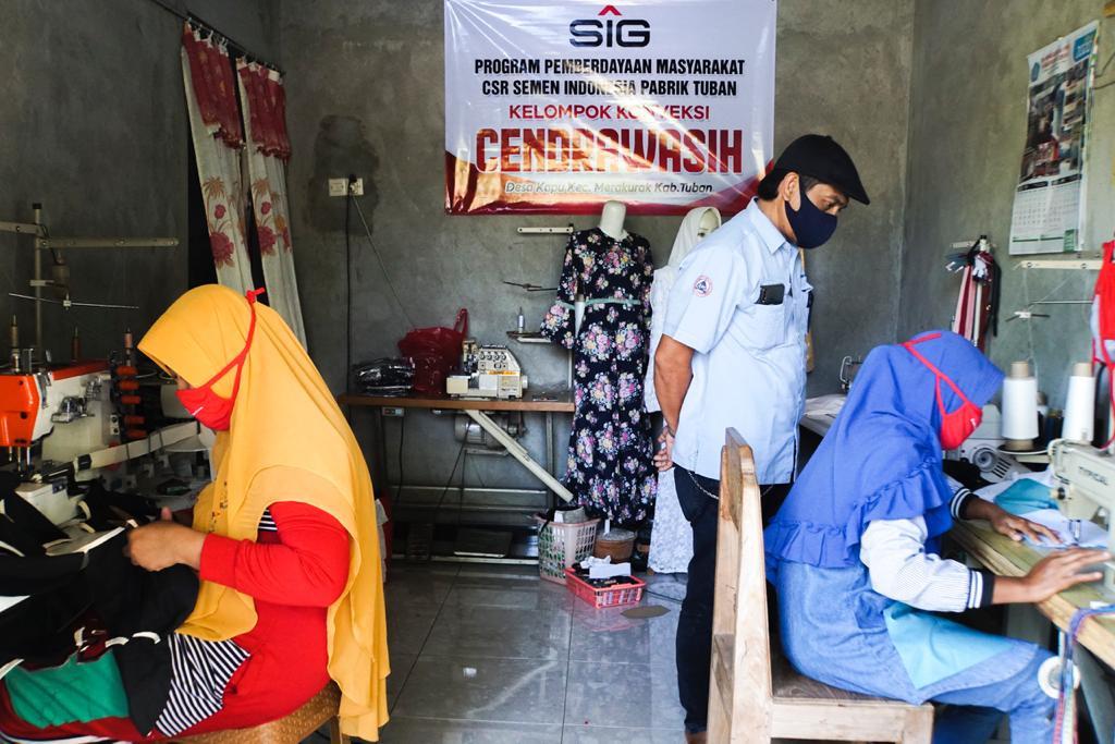 UMKM Binaan Semen Indonesia Berinovasi di Masa Pandemi Corona - JPNN.com