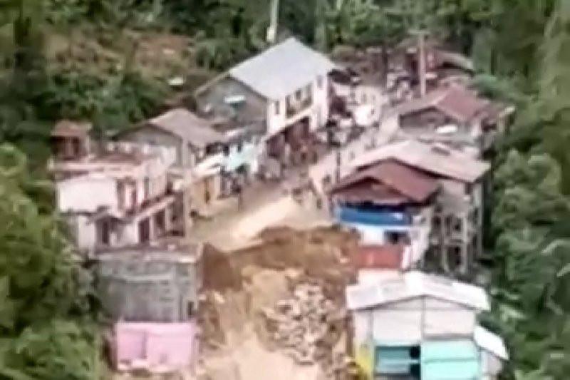 2 Rumah Hilang, Jalan Terputus, Begini Detik-detik Mengerikan Itu - JPNN.com