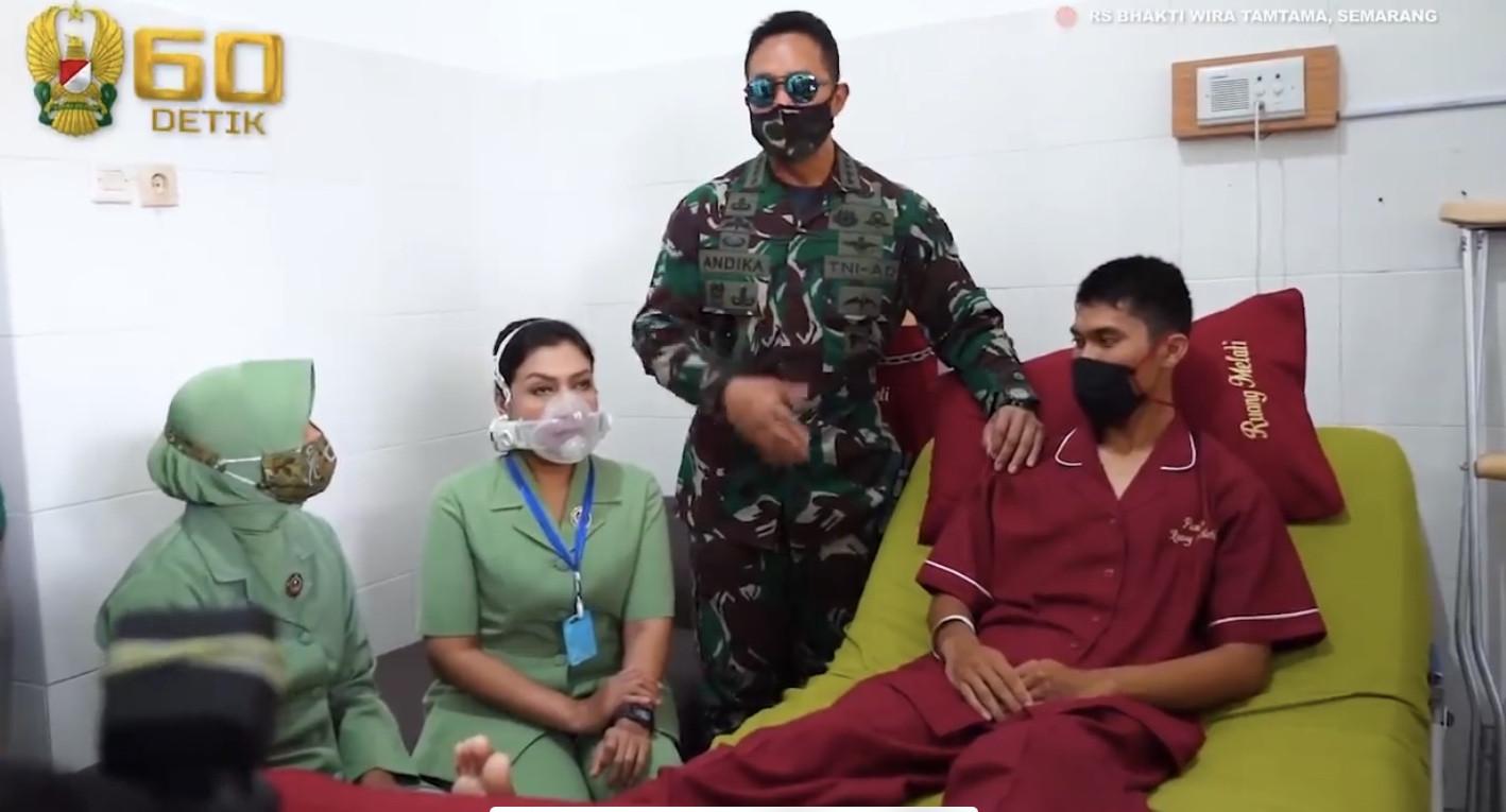 Dukungan KSAD untuk 2 Prajurit TNI yang Jadi Korban Kecelakaan Helikopter - JPNN.com