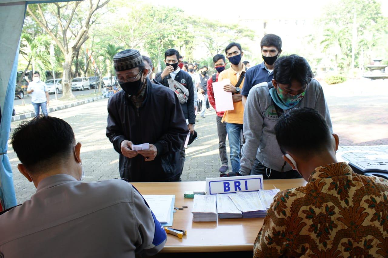 HUT ke-74 Bhayangkara, BRI dan Polri Beri Layanan SIM Gratis - JPNN.com