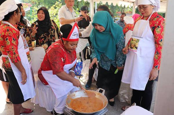 Perihal Rendang Masakan Khas Sumbar, Anggota DPR: Alhamdulillah, Saat Ini Makin Go International - JPNN.com