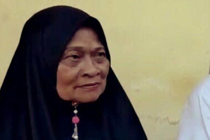 Air Mata Bu Kalsum Menetes Saat Bercerita Dipolisikan Anak Kandung - JPNN.com