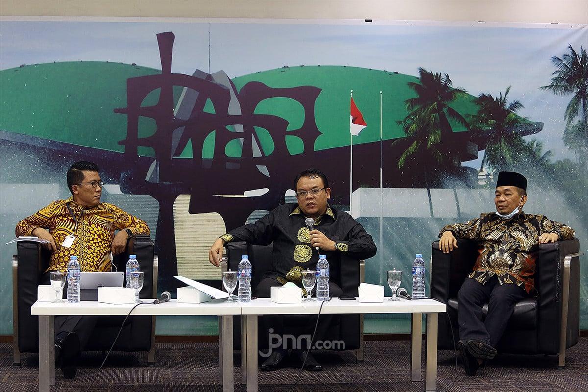 Presiden Jokowi Pengin Reshuffle? PAN Tidak Ada Urusan - JPNN.com