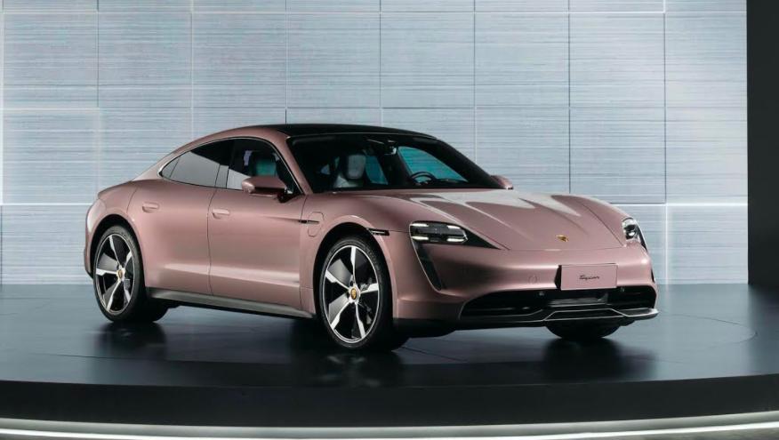 Mobil Mewah Porsche yang Pernah Dikendarai Bamsoet kini Meluncur di Tiongkok - JPNN.com