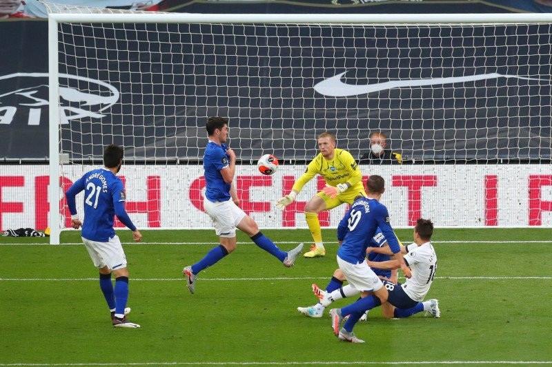 DAHSYAT! Spurs Memperpanjang Catatan 15 Pertandingan Tak Pernah Kalah - JPNN.com