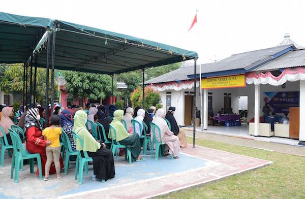 Paguyuban 102 Nusantara Berbagi Sembako Kepada Masyarakat Terdampak Covid-19 - JPNN.com
