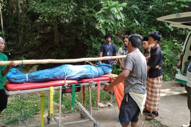 Pendaki Gunung Rinjani Asal Tampak Siring Tewas Terjatuh ke Jurang - JPNN.com