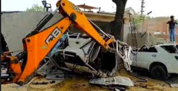 Sikat! Pemerintah Menghancurkan Rumah Mewah dan Toyota Fortuner Milik Geng Preman ini - JPNN.com