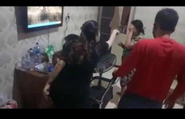 Viral, Istri Sah Hamil Pergoki Suami Selingkuh dengan Perempuan Lain di Kamar Indekos - JPNN.com
