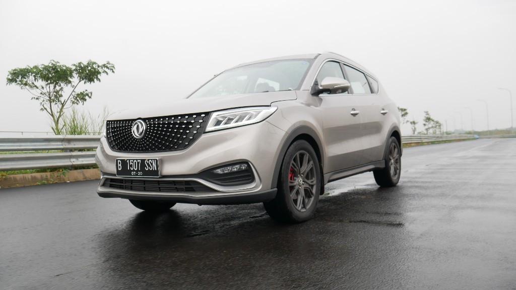 DFSK Glory i-Auto Siap Bersaing di Segmennya, Harga Berkisar Rp 300 Juta - JPNN.com